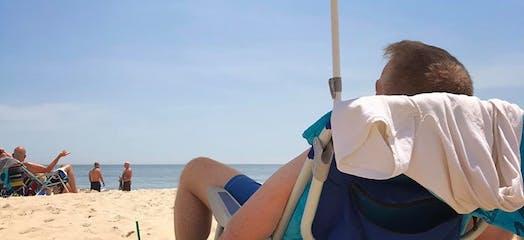 poodle-beach.jpg?w=524&h=240&fit=crop&auto=format&auto=compress&crop=faces